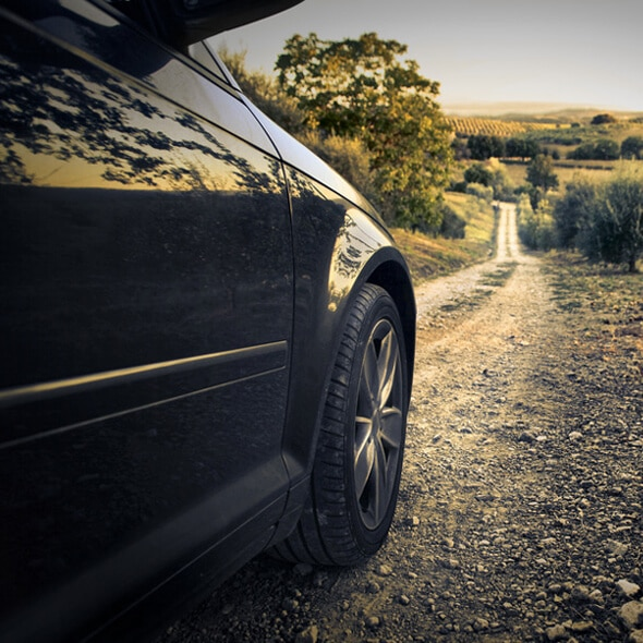 Chauffeur privé voiture de luxe pour assurer votre sécurité.